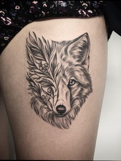 Fox #fox #foxtattoo #linework #blackandgrey