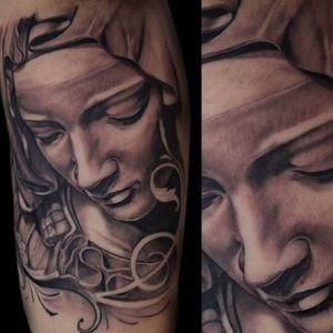 Tintas @electricink #inkedup #tattoo #tattooing #tatuagem #ipatinga #rexpeita #d301 #italonanais #tattooart #inkfreakz  #tattoodo #tattooartist #tattoodobabes #inked #inspirationtatto #inkjunkeyz #inkedmag #tattoo_artwork #Amazingtattoos #tattoofreakz_dot_com #tattooistartmag #outofstepbooks #Art_motive  #Instainklife #bngink #bnginksociety #blackandgrey #blackandgreytattoos #skinartmag