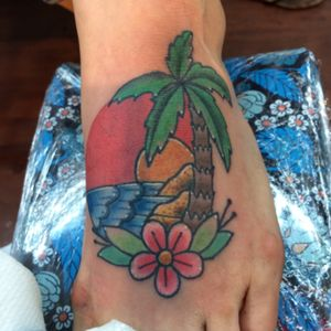 #palmtreetattoo #beachtattoo #pittsburgh #colortattoos #foottattoo #ocean #tropical