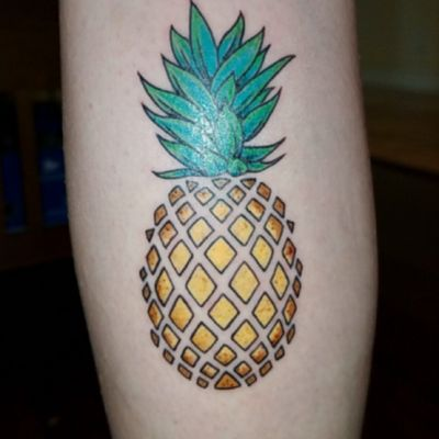 Newest addition :) #pineapple by Khoi at Kat Von D's High Voltage Tattoo in Hollywood, California.