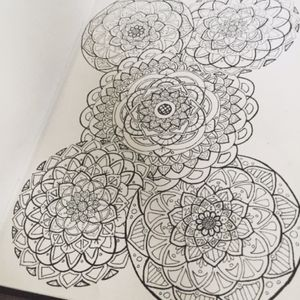 More mandala doodles #mandala #mandalaart #mandaladesign #mandalatattoo #doodle #drawing