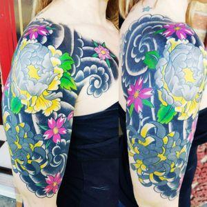 #tattedup #tattooedprofessional #Japaneseartwork #windbars #tattoedwomen