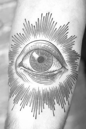All seeing eye on forarm. By Ryan Roi (dukkhatattoo.nyc) #linework #blackworktattoo #blackwork