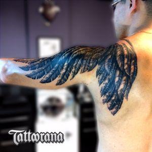 #tattoorana #alextakahashi #blackgrey #wings #redbull