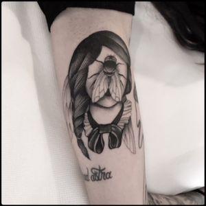 #black #fly #lady #tattoo #blackwork #totemica #ontheroad