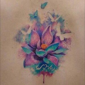 #watercolor #flower #butterflies #butterfly #middleback #versusink @versusink #welove