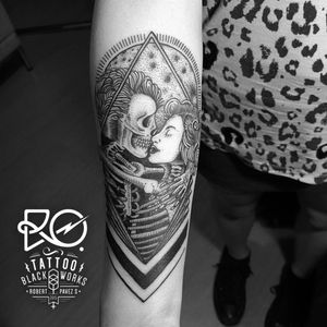 By RO. Robert Pavez • kiss of the death • #engraving #dotwork #etching #dot #linework #geometric #ro #blackwork #blackworktattoo #blackandgrey #black #tattoo