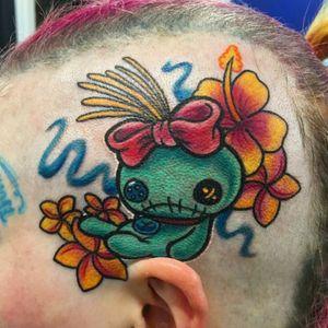 Scrump from lilo and stitch tattoo #scrumptattoo #LiloandStitch #Intenzetattooink #pridetattooneedles #phucstyxtattoosupply #walkinwarrior #batonrougetattooshop #batonrouge #electrumstencilprimer #hawaiian #hibiscustattoo #ghettobrite2016 #girlytattoos #headtattoo #girlheadtattoo