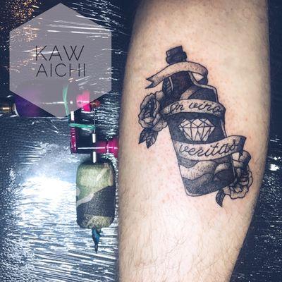 in vino veritas😎 #haifa#israel#tattoo#artist#tattooing#happy#people#art#oldschool#tattooist#interesting#black#rose#roses#alcohol#bottle#goodmood#likeforlike