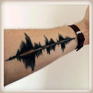 Soundwaves-scar cover #soundwaves #sound #scarcovering #forearm