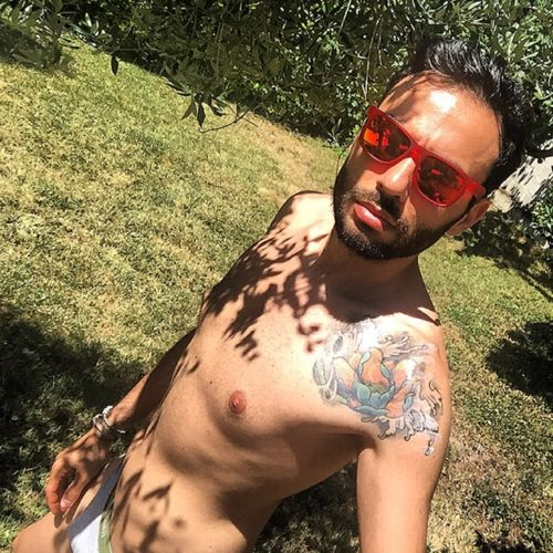 #boys #guys  #body #instadaily #instagold #tbt #follow #selfie #beard #beards #bear #cute #iphoneonly #photooftheday #igdaily #instamood #bestoftheday #tattoo #scruff  #hotscruff #beardporno #hairychest #hairyman #man #Bearded #beardedman #inked #ink #aussiebum #bearlicious #roma