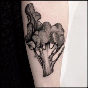 #black #broccoli #section #tattoo #blackwork #totemica #ontheroad
