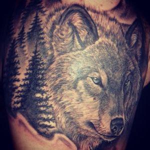 #wolf #wolftattoo #upperarm #forest