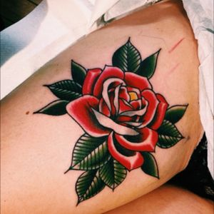 Oh yes please! I'm all in! #dreamtattoo #rose #traditional #bloody #red #flower via @sparventattoo