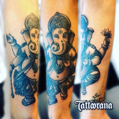 #tattoorana #alextakahashi #blackandgrey #ganesha