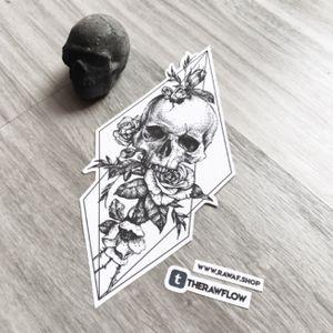 Dotwork skull with roses and geometry - commission for Kirstyn (ig @kirstynsosa) #skull #rose #dotwork #flower #skulltattoo #rosetattoo #dotworktattoo