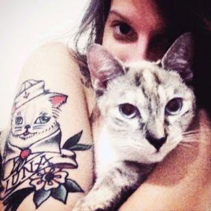 Luna by Henrique Costa #oldschool #cat #braziliantattooartist