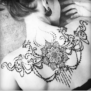 #jewelry #mandala #henna
