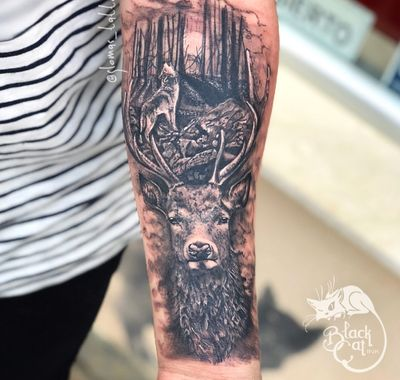 #stag #staghead #wolf #forrest #woodland #antlers #tattoooftheday