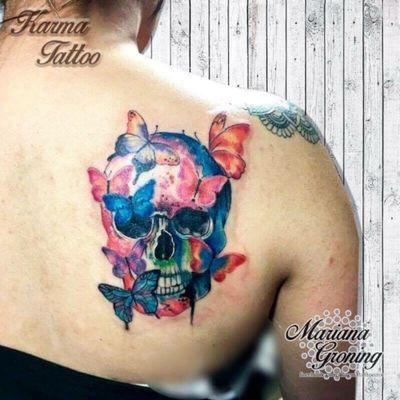 Skull and butterflies tattoo #tattoo #tatuaje #color #mexicocity #marianagroning #tatuadora #karmatattoo #awesome #colortattoo #tatuajes #claveria #ciudaddemexico #cdmx #tattooartist #tattooist #skull #craneo #butterflies