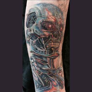 Done by Lucile Kosby #tattooart #terminator #tattoos #tatts #skulls #horror #scifi #bodyart #inkaddict #tattouage
