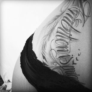 Ambition is priceless #wale #spiritofmylife #youcanreachitall #blackandgreytattoo #lettering #feather #birds #makeyourmindfree #madein #frankfurt #germany #2014 #byinga #draufunddran