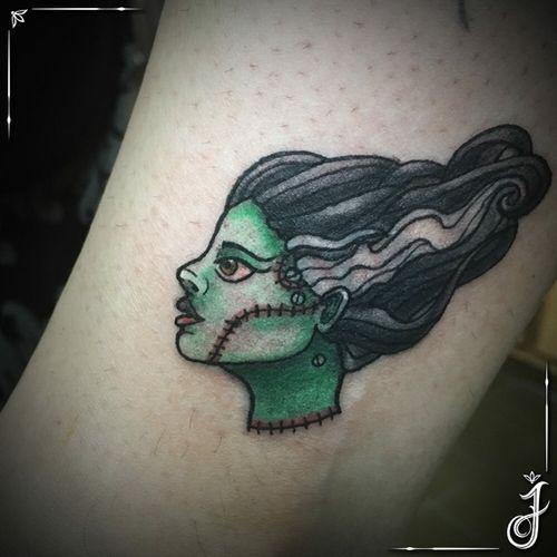 Bride of Frankenstein • #lilymunster #lilymunstertattoo #halloween #halloweentattoo #frankenstein #frankensteinswife #monster #monstertattoo #neotrad #neotradtattoo #neotradicional #neotraditional #neotraditionaltattoo #creepy