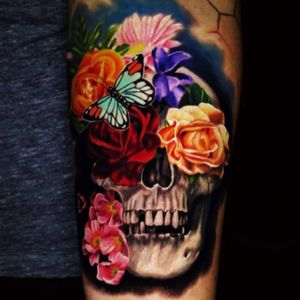 #JamieSchene ...need I say more? #skull #butterfly #realism #flowertattoo