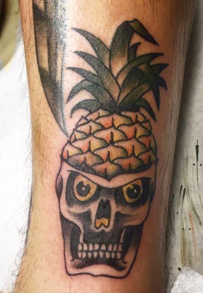 Maui, Hawaii trip. #pineapple #skull #maui #friendshiptattoo