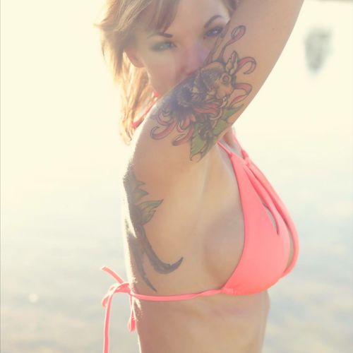 This arm band is actually a cover up. #TattooGirl #tattoobabes #fish #Bikini