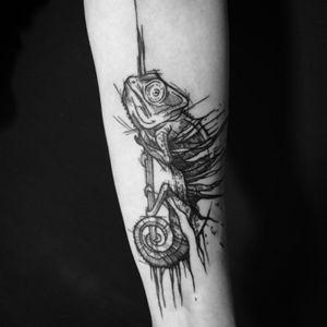 Chameleon for Aga #chameleon #chameleontattoo #tattoo #tattoos #blackwork #blackworktattoo #blackworkerssubmission #blackworkers #ink #inked #inkedup #sketchstyle #sketchstyletattoo #sketch #forearmtattoo #warsaw #polandtattoos #polishtattoo #on_the_brink_tattoo
