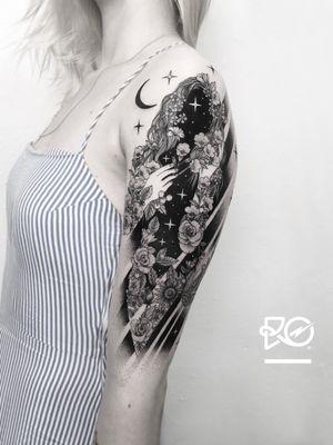 By RO. Robert Pavez • Light of the Flowers ➖ Studio Zoi tattoo Stockholm 🇸🇪 • 2018 • #engraving #dotwork #etching #dot #linework #geometric #ro #blackwork #blackworktattoo #blackandgrey #black #tattoo #fineline