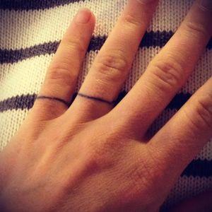 #fingertattoo