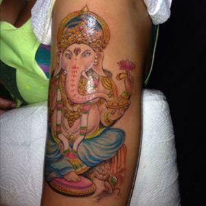 First tattoo abroad! #ganesh #ganeshtattoo #ganesha #thailand #kohphangan #tattooclub #den #Hinduism