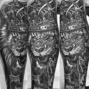 #ry #lion #king #sleeve