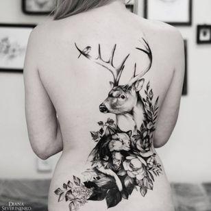 By Diana Severinenko Beautiful! #nature #flowers #bird