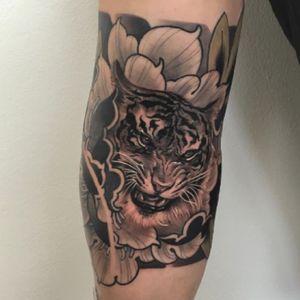 #tiger in #peony #japanesetattoo #irezumi #inkjecta #killerinktattoo #WeAreSorryMom