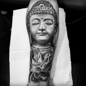 Lilbtattoo nice! #buddha #lotus