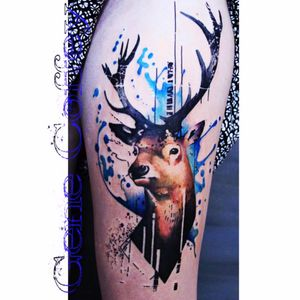 This is awesome! Love the deer being natural colors then adding the blue #deer #watercolor