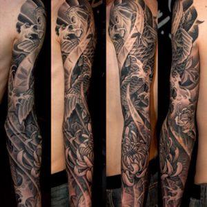 Japanese tattoo by George Bardadim #japanesetattoo #koitattoo #japanesesleeve #halfsleeve