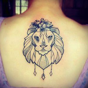 Lion Pontilhismo