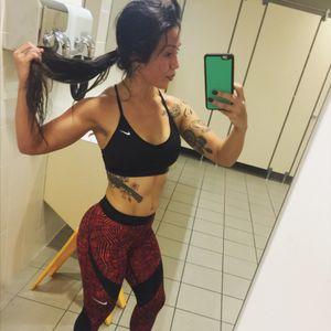 Sweaty and ready! #tattedgirls #tattedlife #revolver #gymlife #halfsleeveinprogress #longhairdontcare