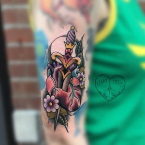 #Love #darkartists #ladytattooers #tattoosnob #courtmello #tattoo #wip #girlswithtattoos #guyswithtattoos #traditionaltattoo #photoofthedaay #lady_tattooers #inked #darkart #support_good_tattooing #followme #art #artist #inkdmagazine #neotraditionaltattooers #neotrad #neotraditionaltattoo #tattoo_art_worldwide #teamforklift #tattooartmagazine #besttradtattoos #tradtattoo #womenoftattooing #omg