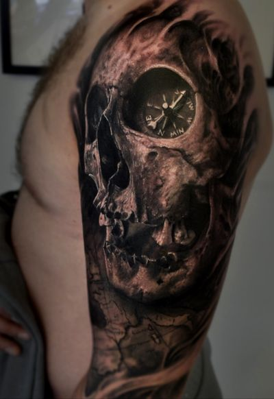 #skull #skulltattoo #compass #horror #evil #tattoo #vainiusanomaly #realism #realistic #realistictattoo #blackandgrey #3d