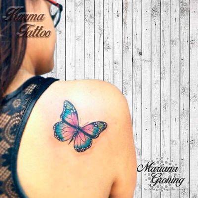 Buttefly tattoo #tattoo #tatuaje #color #mexicocity #marianagroning #tatuadora #karmatattoo #awesome #colortattoo #tatuajes #claveria #ciudaddemexico #cdmx #tattooartist #tattooist #buttefly #mariposa