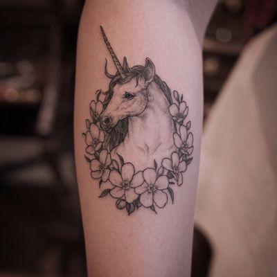 #reindeerink #intat #unicorn #flower #floral #blackwork #linework