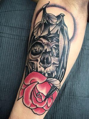 #tattoooftheday #neotraditionaltattoo #neotraditional #skulltattoo