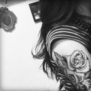 fine art with the roses #fineart #roses #tattoo_artwork #tattoo_clube #tworoses