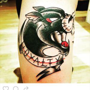 Keepsake tattoo #oldschool #loyalty #blackandredtattoo #blackandred #panthertattoo