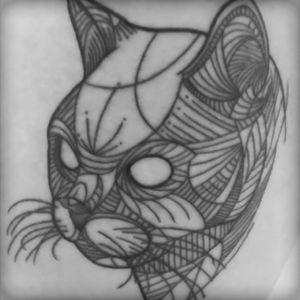 #cattattoos #lineal #hiptattoo #cat #blackandwhite